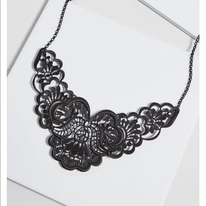 Modcloth photogenic fretwork statement necklace